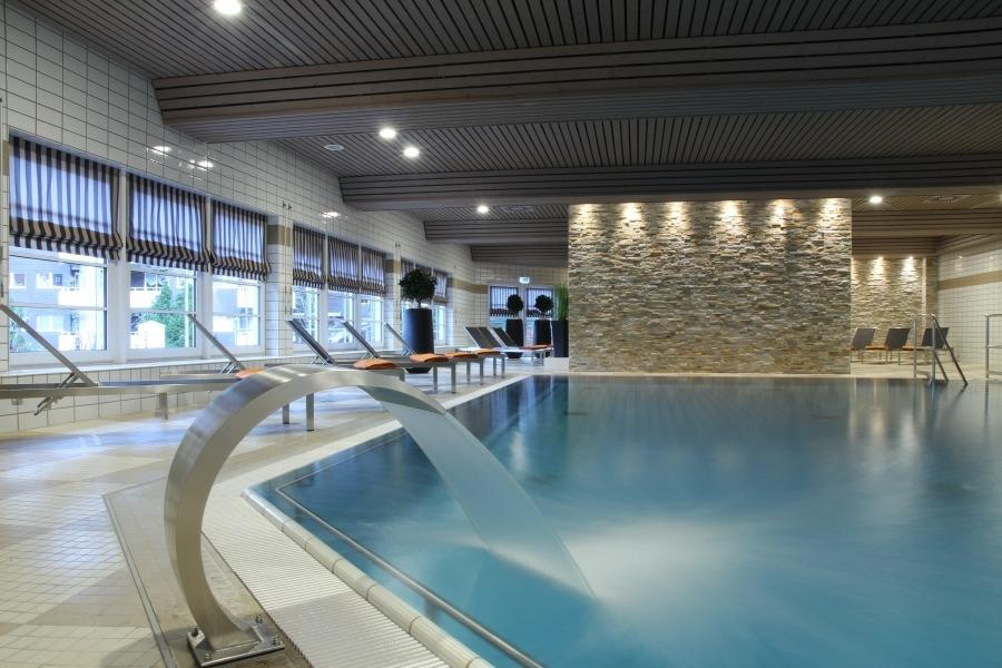 Schwimmbad hallenbad im relexa hotel braunlage for Hotel mit schwimmbad harz