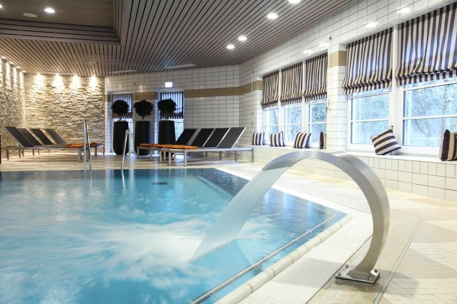 Schwimmbad hallenbad im relexa hotel braunlage for Hotel munster mit schwimmbad