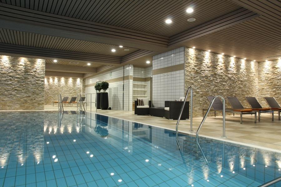 Wellnessbereich des relexa hotel braunlage im harz for Hotel mit schwimmbad harz